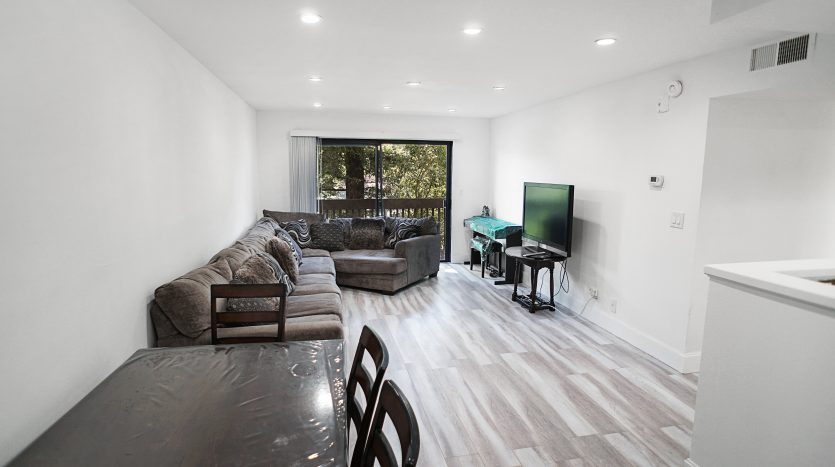 Woodland Hills Condo for sale